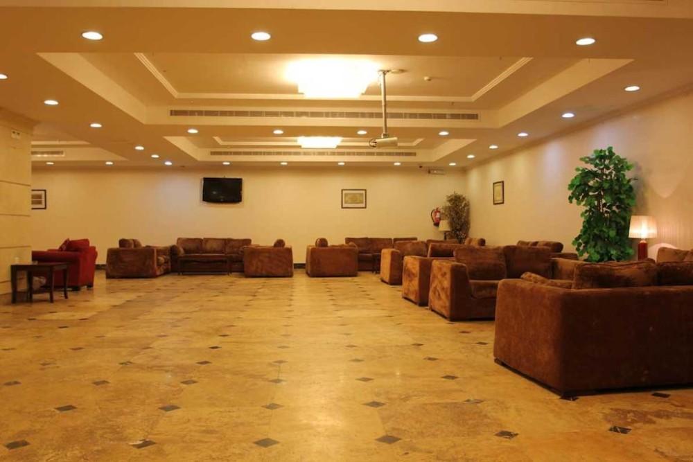 Al Tayseer Towers Otel