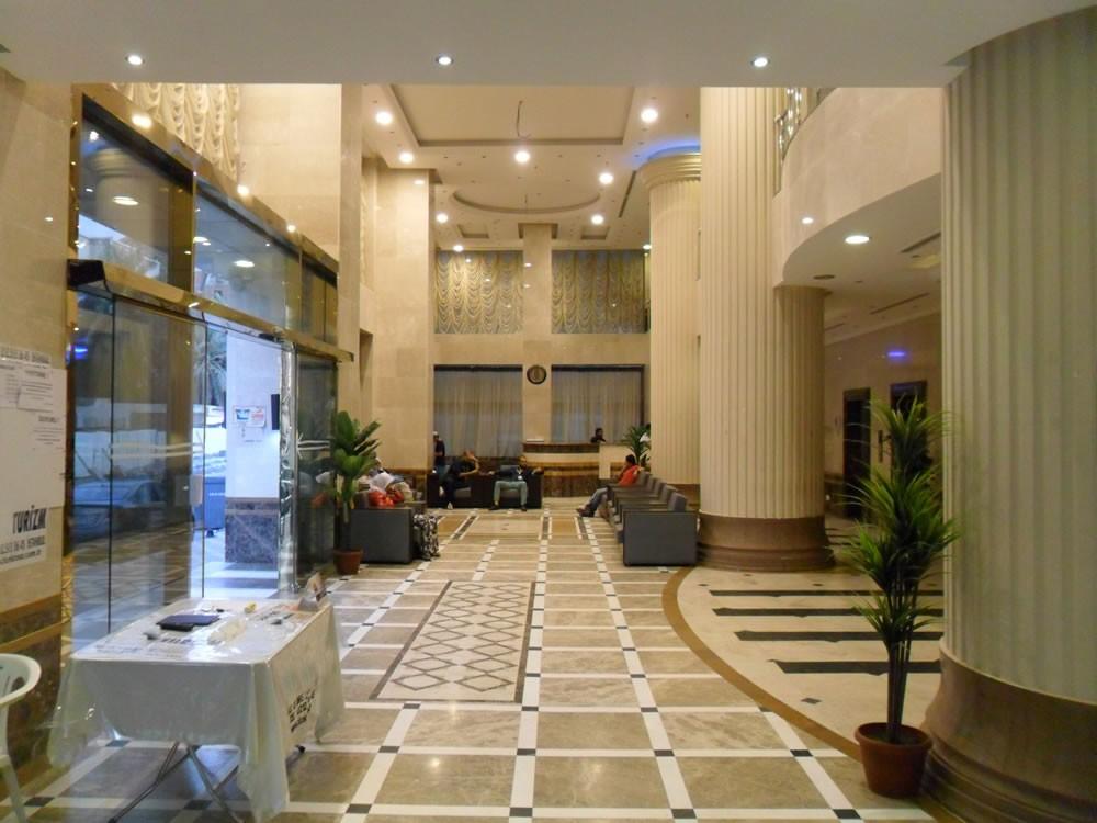 Royal Mina Hotel
